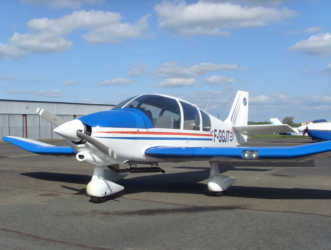 DR400 180